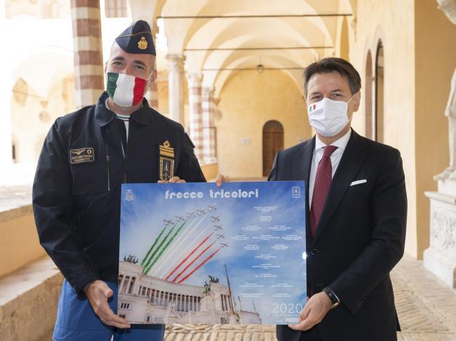 Assisi, il Presidente Conte con il Comandante delle Frecce Tricolori