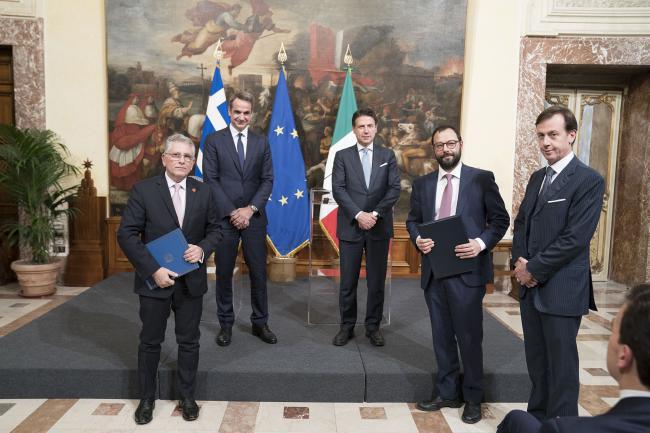 Conte incontra a Palazzo Chigi il Primo Ministro della Repubblica Ellenica