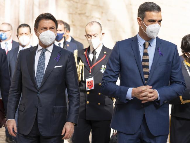 XIX Vertice intergovernativo italo-spagnolo, il Presidente Conte e il Presidente Sanchez a Palazzo Almudaina