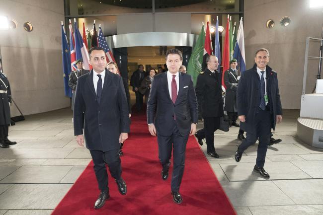 Il Presidente Conte e il Ministro Di Maio lasciano la Cancelleria della Repubblica Federale di Germania
