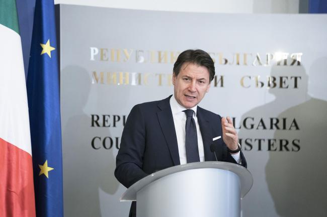 Conte rilascia dichiarazioni alla stampa