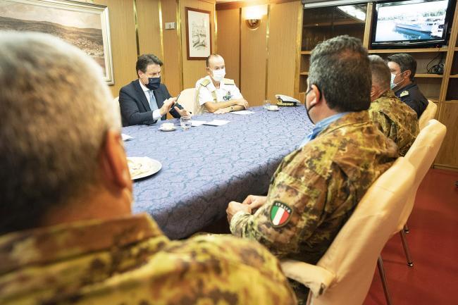 """Il Presidente Conte a bordo Nave """"San Giusto"""" della Marina Militare nel porto di Beirut"""