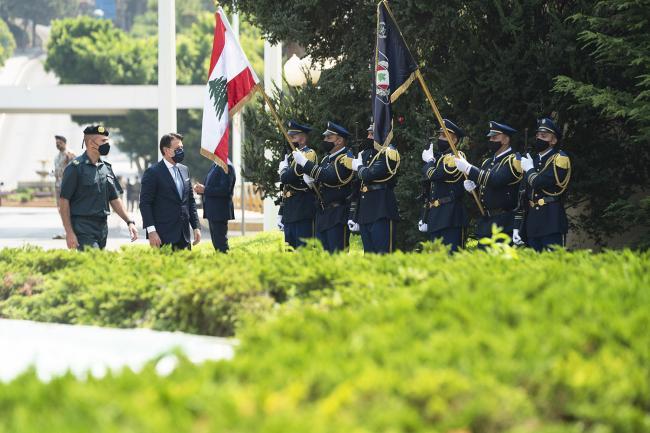 Il Presidente Conte riceve gli onori militari presso il Palazzo Presidenziale di Baabda