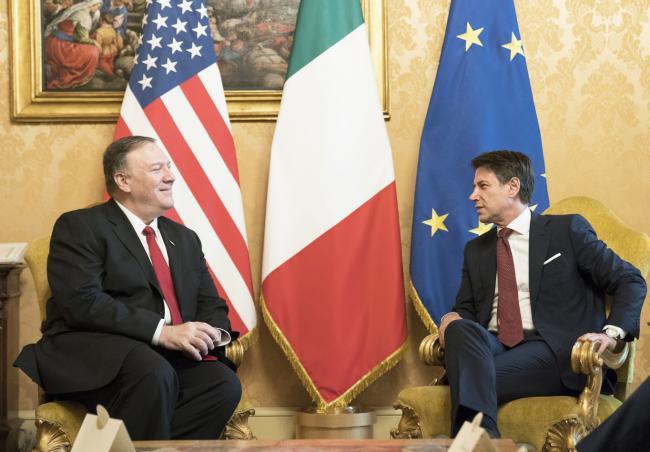 Il Presidente Conte incontra il Segretario di Stato statunitense