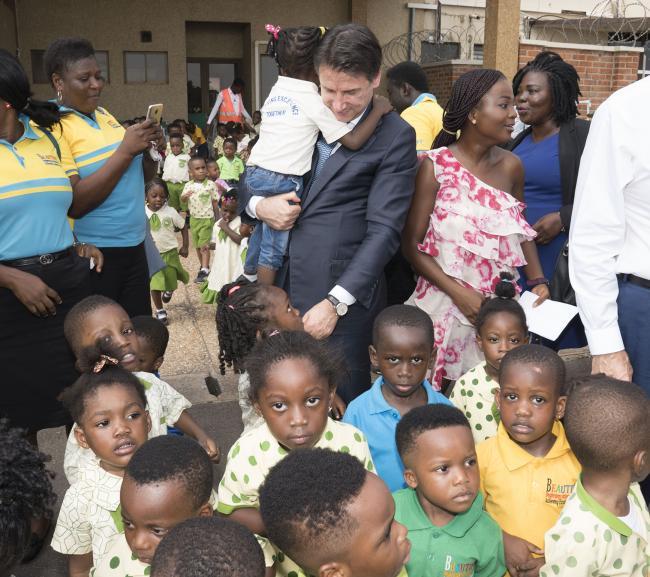 """Conte alla Scuola di formazione professionale """"Okuafo Pa"""""""