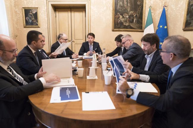 Coronavirus, tavolo interministeriale a Palazzo Chigi