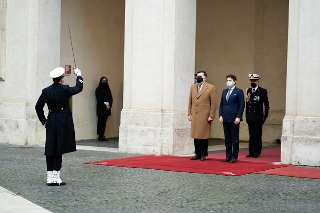 Conte incontra al-Serraj