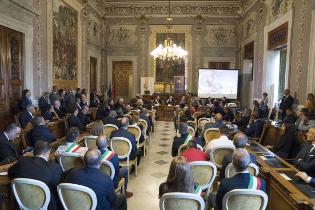 Conte interviene al Tavolo per il Contratto istituzionale di sviluppo