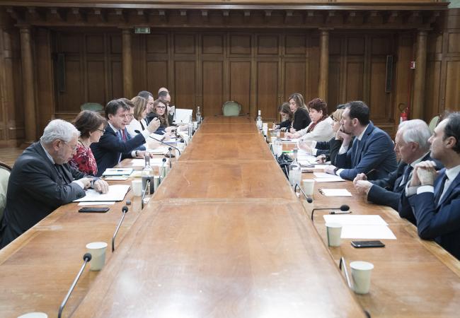 Agenda 2023, il Presidente Conte al tavolo su occupazione e politiche di welfare