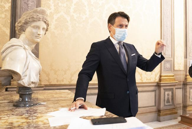 Conferenza stampa Conte - Gualtieri