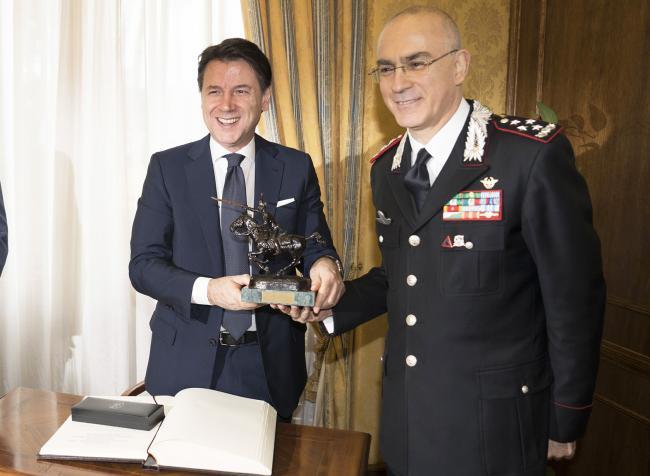 Il Presidente Conte con il Generale Nistri alla Scuola Ufficiali Carabinieri