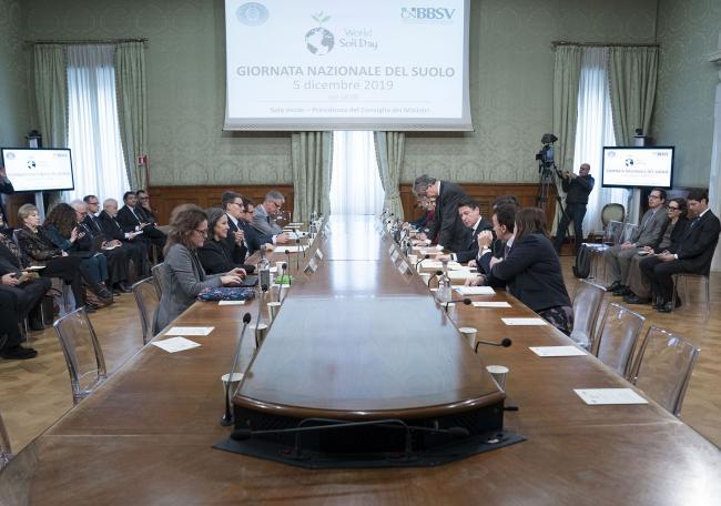 """Conte alla conferenza dedicata alla """"Giornata mondiale del suolo"""""""