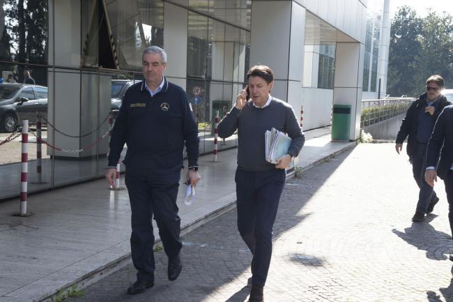 Coronavirus, il Presidente Conte e il Commissario Borrelli al Dipartimento della Protezione Civile