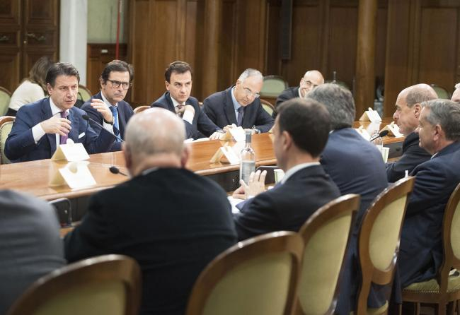 Incontro del Presidente Conte con i Presidenti delle regioni del Centro Italia