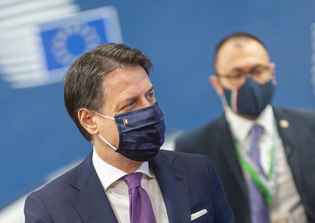 Il Presidente Conte durante la prima giornata del Consiglio europeo straordinario